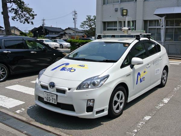 トヨタの「プリウス」を改造した金沢大学の自動運転の実験車