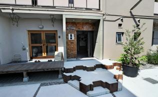 鉄工所の社宅を改装した「APartMENT」(大阪市)