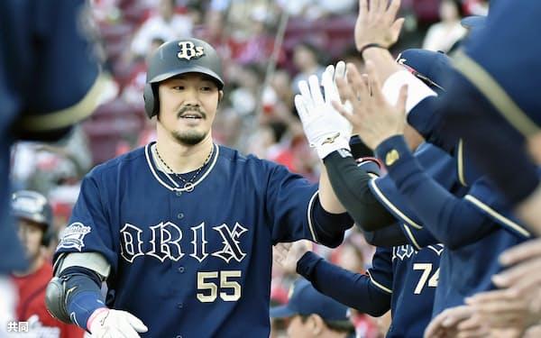 T―岡田は好球に素直に反応する姿勢が好成績につながっている=共同