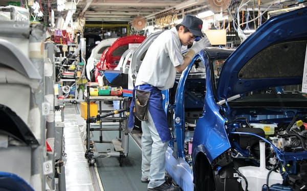 岩手工場(岩手県金ケ崎町)では「順序生産・順序納入」で小型車を組み立てる