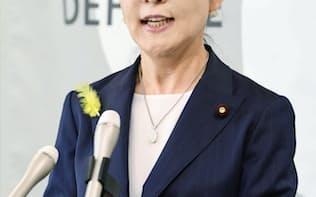 東京都議選での応援演説に関し記者会見する稲田防衛相(30日午前、防衛省)