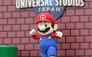 ユニバーサル・スタジオ・ジャパンで開かれた「スーパー・ニンテンドー・ワールド」の着工式で登場したマリオ(6月8日、大阪市此花区)