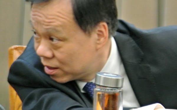 3月、貴州省トップとして記者会見した陳敏爾・重慶市党委員会書記は、身ぶりも大きく、他の地方指導者に見られない自信をみなぎらせていた