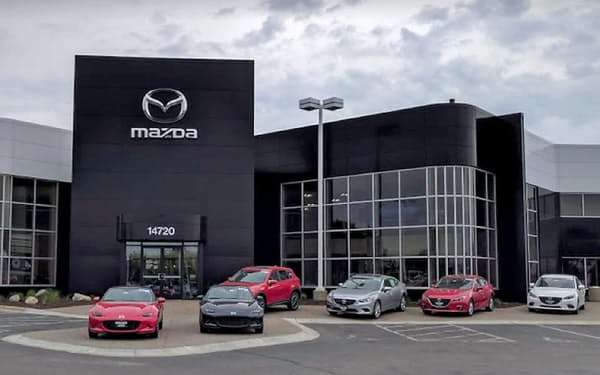 マツダは米国での現地生産に先行し、販売改革を進めてきた(ミネソタ州東部の販売店)