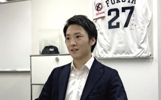 萱野弁護士は野球やサッカーなどのプロ選手らを法務面で支える