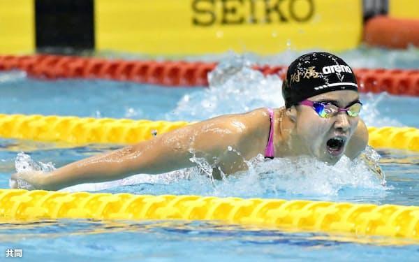 女子200メートルバタフライ決勝 2分8秒67で優勝した東大付中教校・牧野紘子(18日、セントラルスポーツ宮城G21プール)=共同