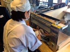 グルメ杵屋は製麺機の導入を進める