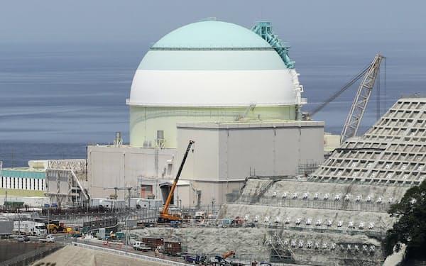 伊方原子力発電所の3号機(愛媛県伊方町)