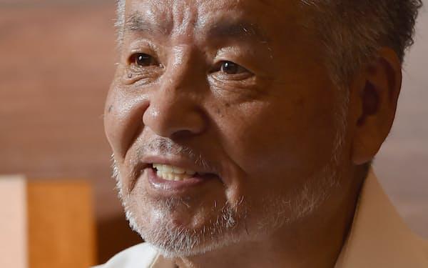 なかむら・たいじ 1939年、奈良県王寺町出身。57年、美川鯛二として歌手デビュー。「喝采」(72年)と「北酒場」(82年)の作曲で日本レコード大賞を2度受賞。2003年には歌手として再デビューを果たした。
