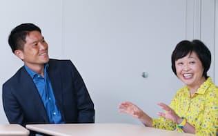 増田さん(右)に解説者の心得を尋ねた