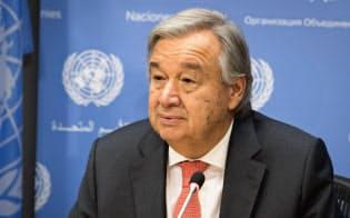 13日、国連本部で記者会見するグテレス国連事務総長(ニューヨーク)=国連提供