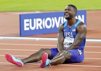 陸上の世界選手権男子100メートルで優勝したガトリン。過去に2度のドーピング違反を犯しており、会場からブーイングを浴びた=共同
