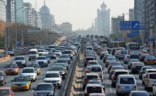 世界最大の自動車市場の中国は大気汚染も深刻(北京市)