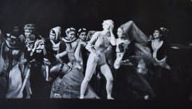 1956年に上演した「赤き死の舞踏」