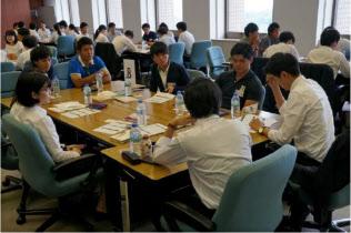 東京海上日動火災保険は今冬から1日インターンを始める(8月に開いた夏のインターン)
