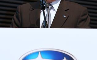 SUBARUでも無資格検査が行われていた(決算会見に臨む吉永社長、5月、東京都港区)