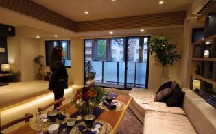 「パークホームズ北千住アドーア」は利便性の高さが評価されている(東京都足立区のモデルルーム)