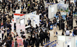 企業の学生囲い込み競争は激化している