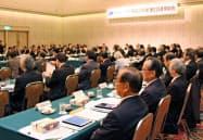 大学入学共通テストに関する基本方針を了承した国大協の総会(10日午後、広島市)=共同