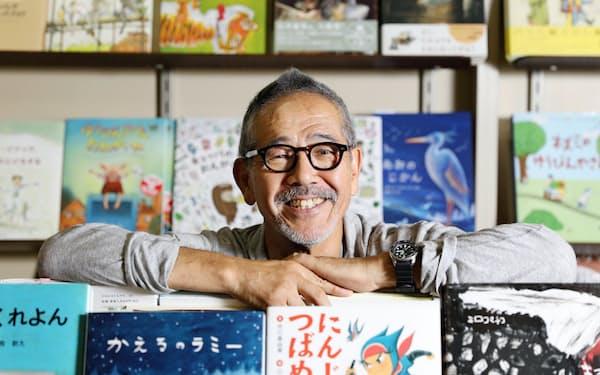 「メリーゴーランド」店主の増田喜昭さん(67)