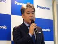 介護事業について説明するパナソニックの片山栄一執行役員(22日、東京・世田谷)