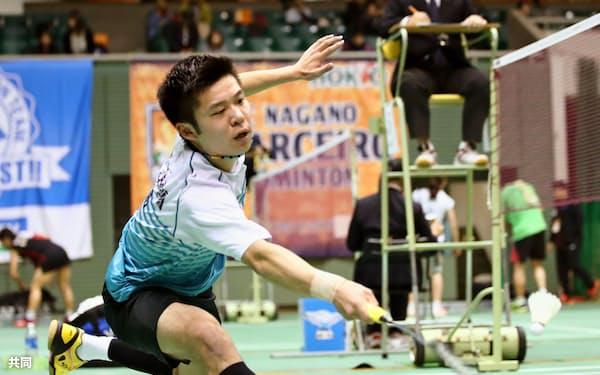 男子シングルスで本戦進出を決めた金子真大(28日、駒沢体育館)=共同