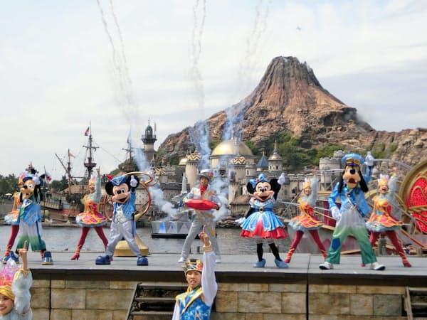 東京ディズニーシーも高い集客力を誇る(千葉県浦安市)