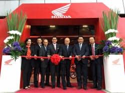 ホンダは9日、フィリピン・マニラに大型バイクの専門店を開いた
