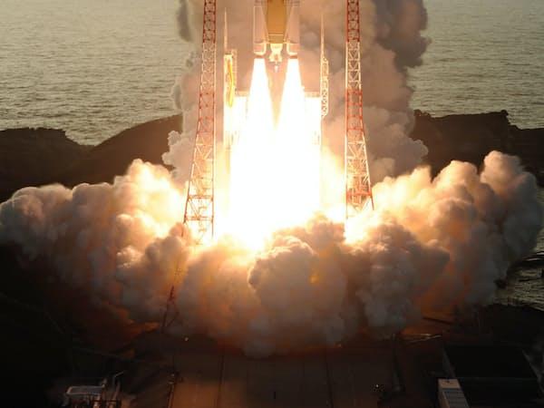 海を望む種子島宇宙センターから数多くのロケットが打ち上げられてきた(10月、鹿児島県南種子町)=JAXA提供