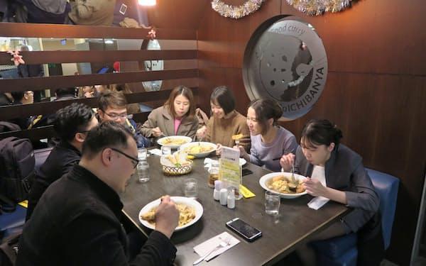 台湾ではグループや友人同士で「ココイチ」のカレーを楽しむ人が多い(CoCo壱番屋漢口店)