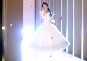 NHK紅白歌合戦に特別出演した安室奈美恵さん=共同