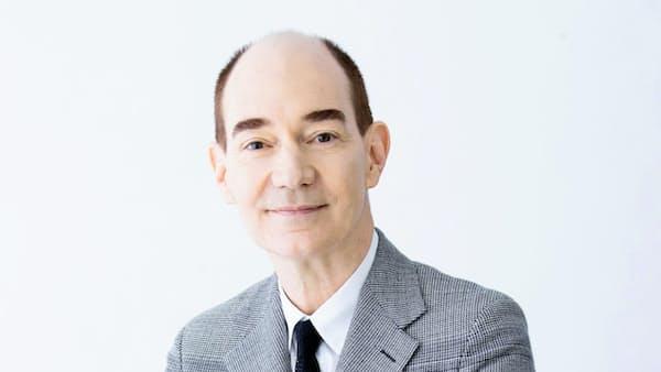 「中流層分断で価値観多様に」ロバート・キャンベル氏