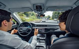 アウディは高級車「A8」に「レベル3」の自動運転機能を搭載する計画