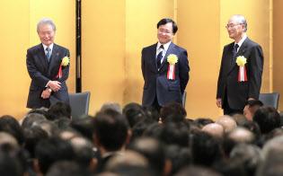 経済3団体が開いた新年祝賀パーティー(5日、東京都千代田区)