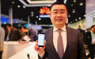中国・華為技術(ファーウェイ)の日本・韓国リージョンのプレジデントである呉波氏。CESの会場で話を聞いた