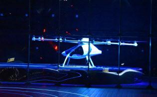 インテルの基調講演で登場した独ボロコプターの製品。実際に会場で3メートルほど浮上した