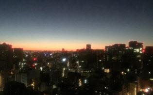 厳冬の東京の夜明け前