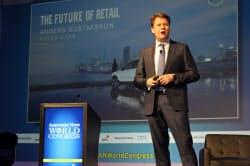 ボルボ・カー・グループ米国法人のアンダース・ガスタファソン副社長はデジタル化で、車の流通サービスの変革を訴えた(17日、デトロイト)