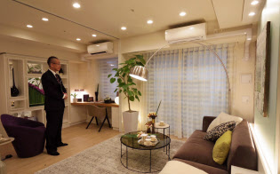 「グレーシアタワー三鷹」は駅直結の立地で人気を集めている(東京都三鷹市のモデルルーム)