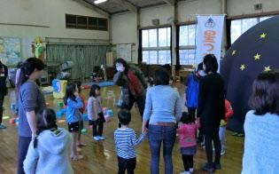 一見健常児だが、非常に虚弱という子どもも(心臓病の子どもたちのイベント会場で、横浜市)