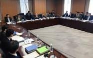 高等教育無償化の制度を検討する専門家会議(30日、文部科学省)