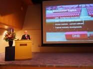 講演するオーシャン・ネットワーク・エクスプレスのジェレミー・ニクソンCEO(5日、東京都千代田区)