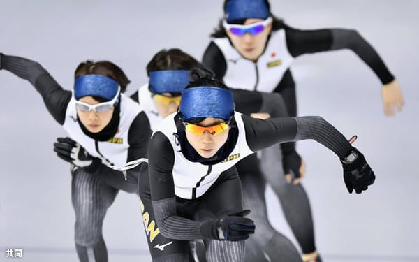 練習するスピードスケート女子の高木美帆(6日、江陵)=共同