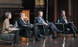 討論する(左から)林氏、コル氏、バーバー氏、長谷部氏