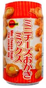 自販機で売る「ミニチーズおかきミックスボトル」