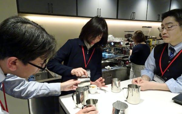 「UCCコーヒーアカデミー」の受講者数は3年で3万人に達した