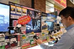 高単価なドライブレコーダーが売れている(東京都江東区のカー用品店)