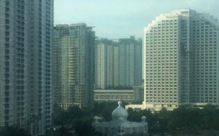 ホテルから眺めるジャカルタの朝