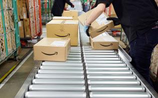 アマゾンは出店企業に配送支援サービスを提供している(同社の物流倉庫)