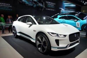 ジャガー・ランドローバーはEV「Iペース」を今夏に発売する(写真はコンセプト車、17年のフランクフルト国際自動車ショー)